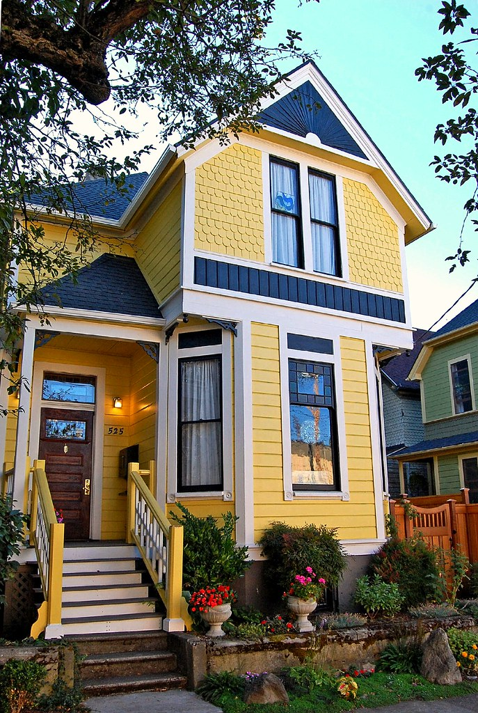Victorian home a photo on flickriver - Victorian house paint colors exterior gallery ...