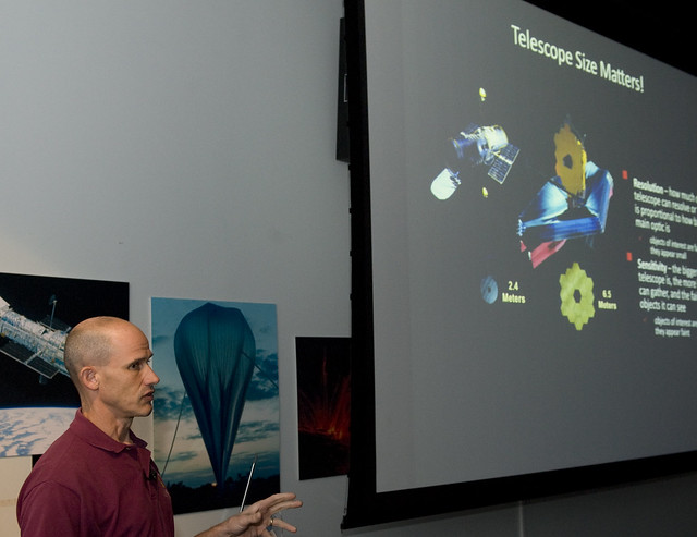 NASA Goddard Visitor Center - Pics about space