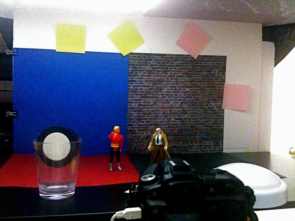 Flash Gordon vs. Commissioner James Gordon Setup