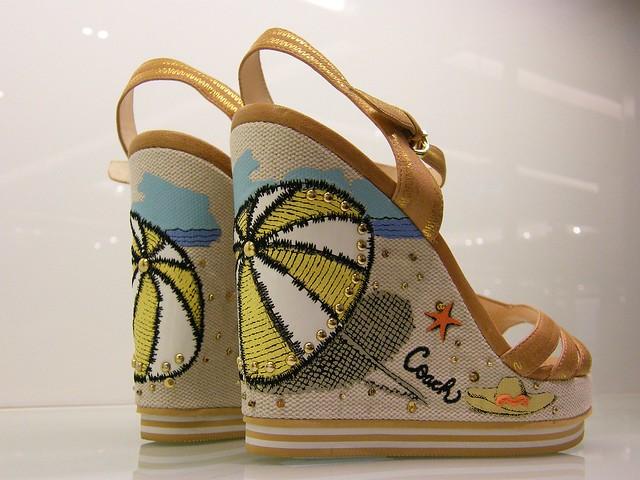 Ladies Sports Shoes Online Sale