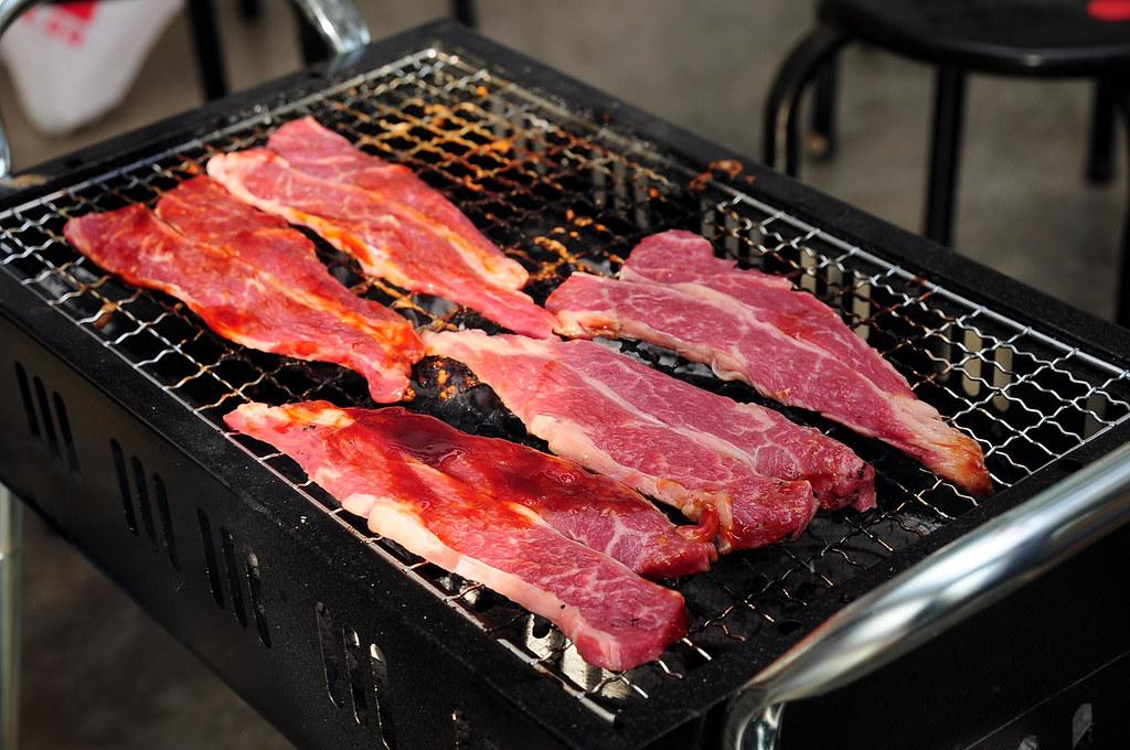 颱風前夕彰化埔心烤肉-Costco燒烤牛小排