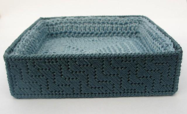 Craft Attic Resources: Plastic Canvas Coasters