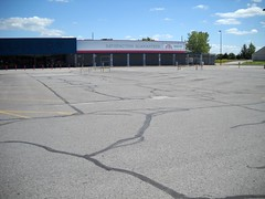 abandoned Walmart, Boonville MO (by: Rob Stinnett, creative commons license)