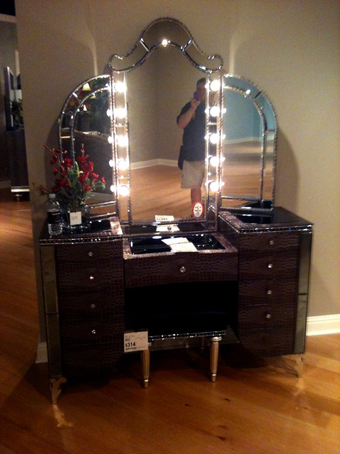 Only the MOST AWESOME Makeup Vanity I Have Ever Seen ...