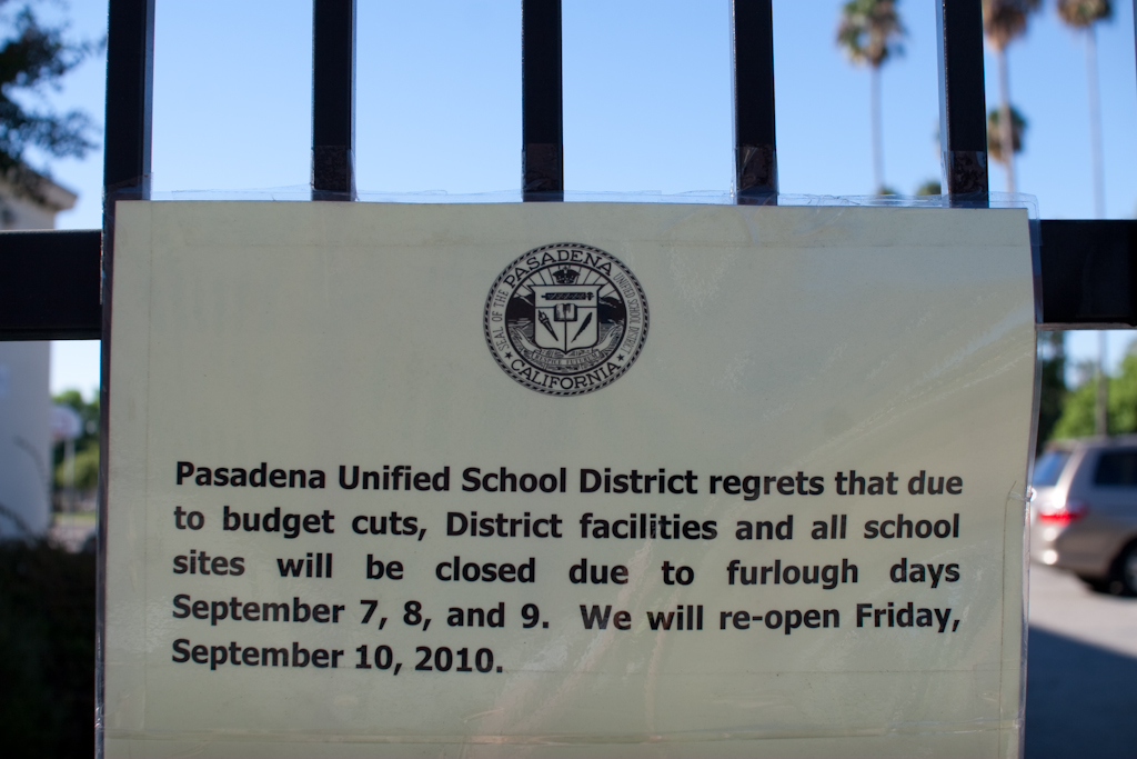 Pasadena Unified School District  furlough days