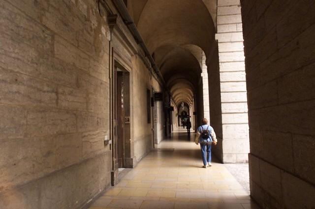 Int rieur de l 39 h tel dieu flickr photo sharing for L interieur movie