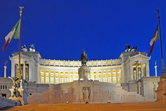Choosing a forum, Italy-0574 National Monument of Victor Emmanuel II…