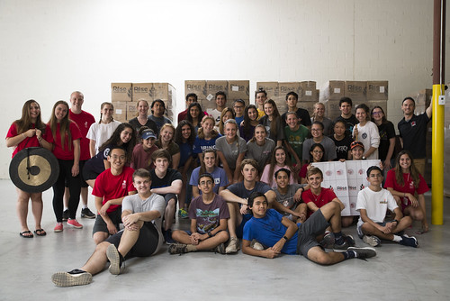 MAST Students Volunteer at Rise Against Hunger
