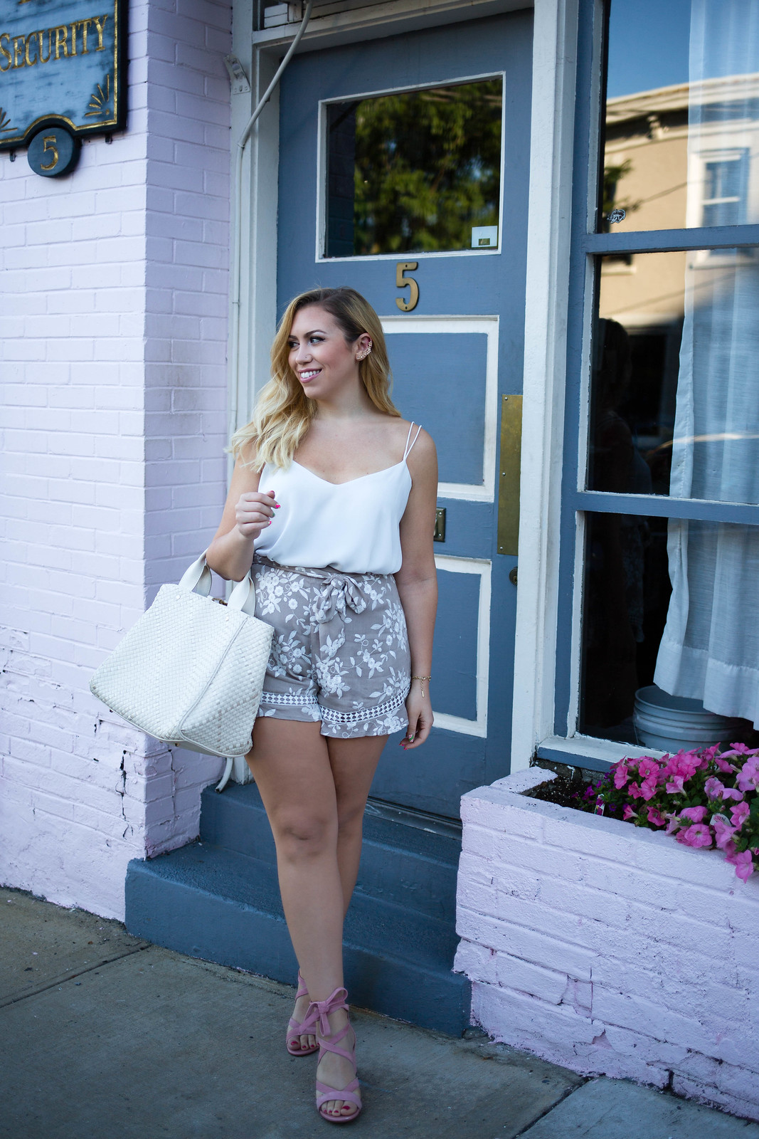 The Best Shorts for a Pear Shaped Body Neutral Summer Outfit Embroidered Tan Shorts Hastings on Hudson New York Style Blogger Living After Midnite Jackie Giardina