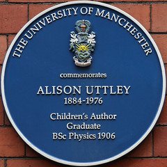 Photo of Alison Uttley blue plaque