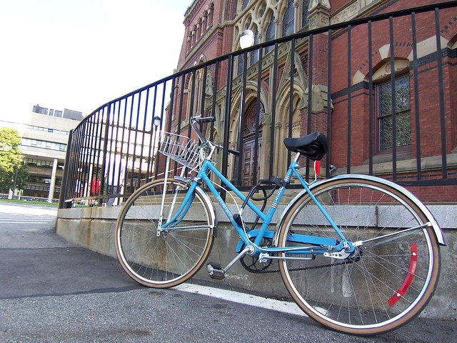 bike at memorial hall