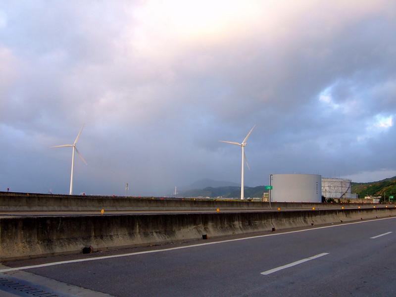 林口發電廠附近的風力發電用風車_01