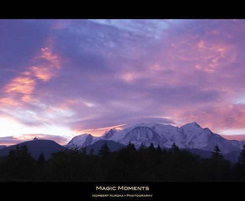 blue red orange cloud mountain sunrise violet mont blanc montblanc nikond90 afsvrnikkor18200mm13556ged