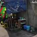 Tidak ada tempat lagi untuk warung. : A vending stand set  up in a small space.  Photo by lalitya