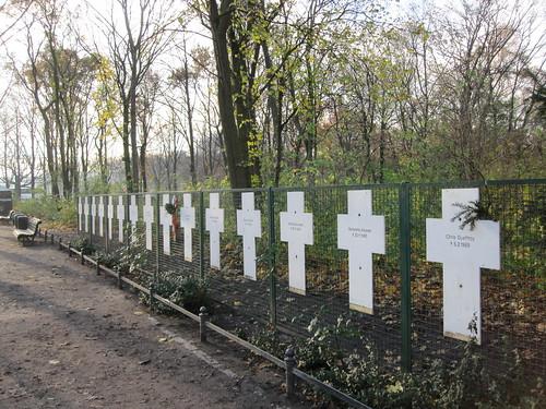 Berliinin muurin uhreja