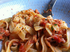 vegetarian food, pappardelle, pasta, fettuccine, food, dish, cuisine,