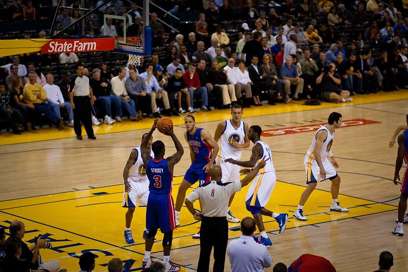 Pistons at Warriors
