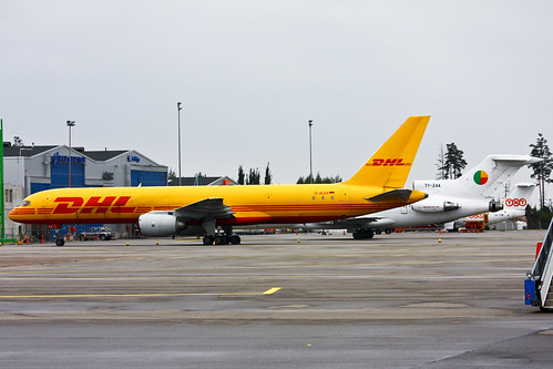 B752 - Boeing 757-236(SF)