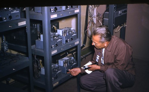 Disneyland sound equipment 1954 Makenzie Tape Repeaters