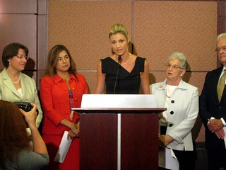 Erin Andrews speaks on Capitol Hill