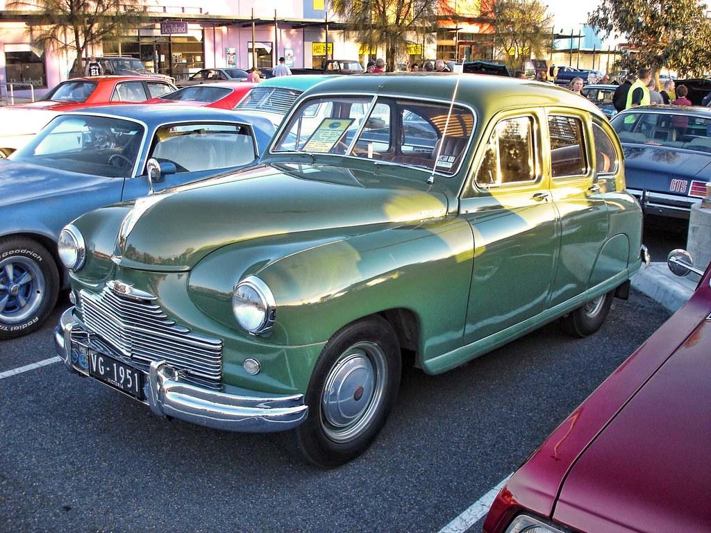 Standard Vanguard Phase IA 1952. The Standard Vanguard is a car ...