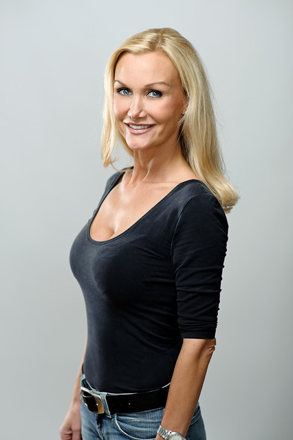 Mature Swedish Women http://www.flickr.com/photos/parusnik/galleries/72157627747397262