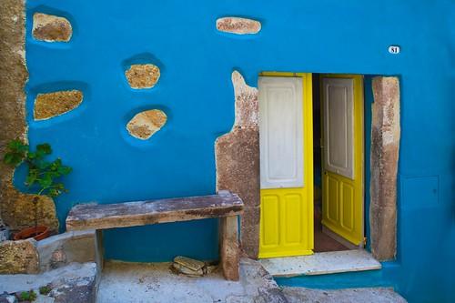 travel blue house colors yellow nikon sardinia bosa tati dollshouse facciata d700 superlativas casadibambole carhove annatatti bestcapturesaoi elitegalleryaoi