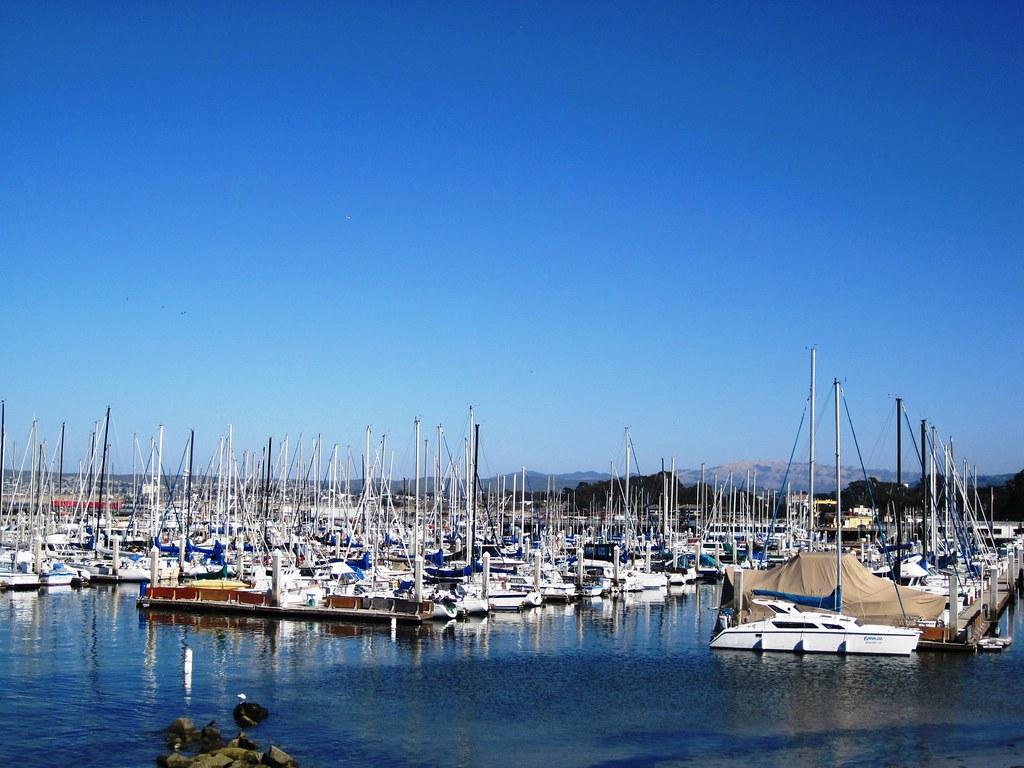 Hotels Near Monterey Wharf