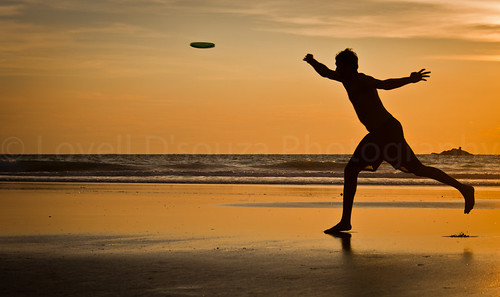 Frisbee at Gokarna
