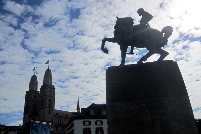 Zürich: Hans Waldmann Reiterstandbild and Grossmünster