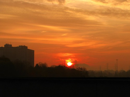sky orange sun toronto ontario canada sunrise highway dramatic hwy etobicoke rise 401