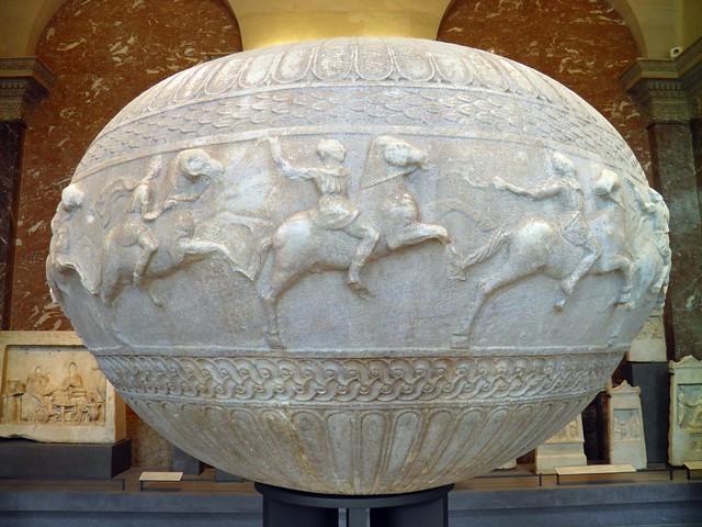Funerary vase (Dinos) from Pergamon, Louvre Museum