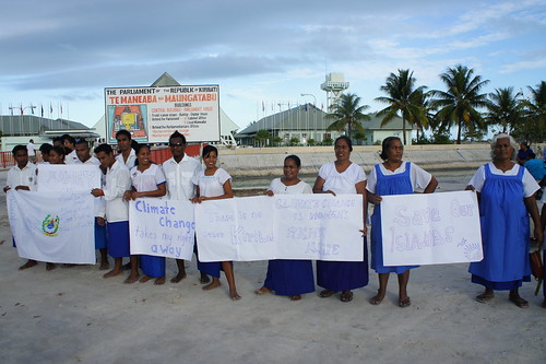 Banners outside the Kiribati Parliament | by 350.org