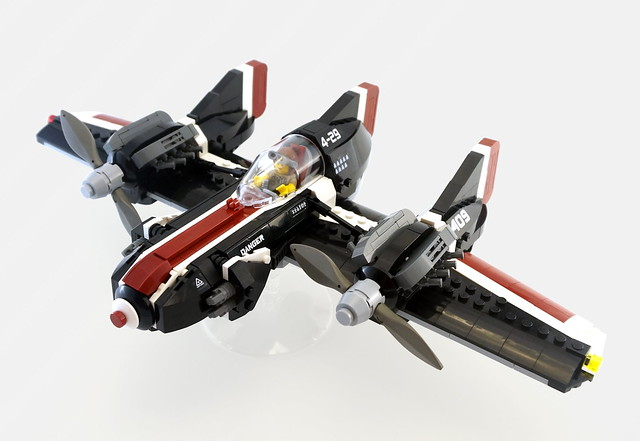 Avion LEGO F-09 Trident