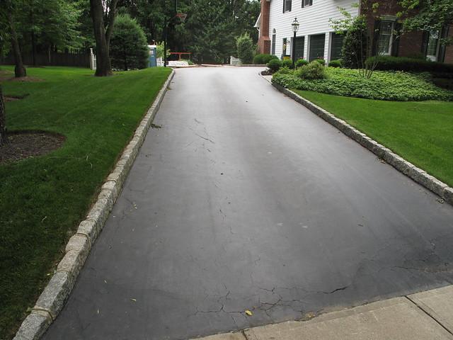 Granite Block Curb : Belgium block driveway curbing img flickr photo