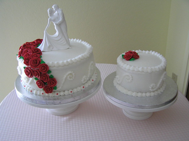 Cake Images For First Anniversary : Bride and Groom 1st Anniversary Cake Smaller cake was ...