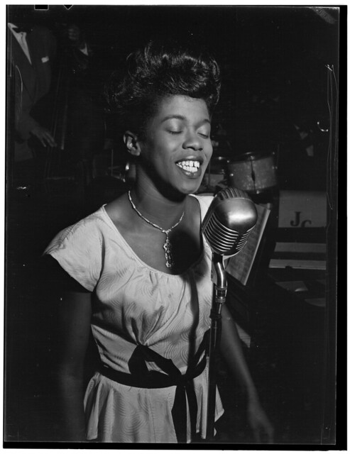 [Portrait of Sarah Vaughan, Café Society (Downtown), New York, N.Y., ca. Aug. 1946] (LOC)