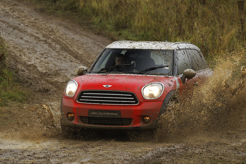 MINI Countryman in Pure Red