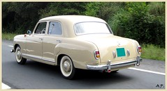 gaz-21(0.0), hindustan ambassador(0.0), automobile(1.0), vehicle(1.0), mercedes-benz w120(1.0), mid-size car(1.0), compact car(1.0), antique car(1.0), sedan(1.0), classic car(1.0), vintage car(1.0), land vehicle(1.0), luxury vehicle(1.0),