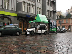 Zaļā reklāma Rīgas ielās