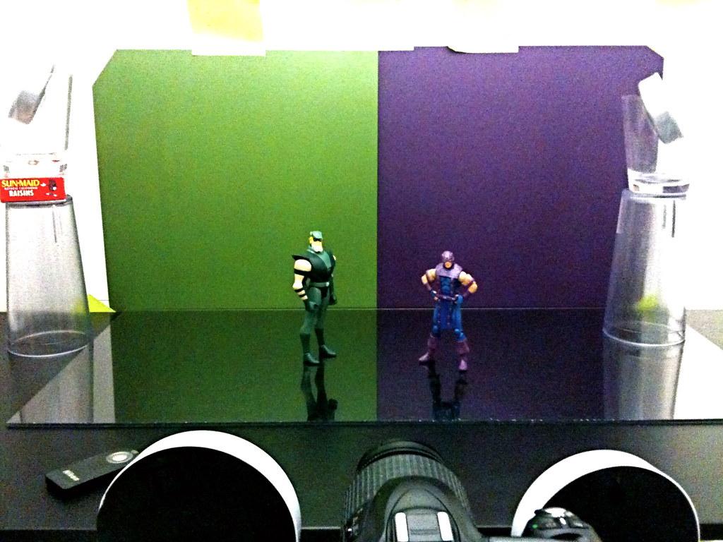 Green Arrow vs. Hawkeye Setup