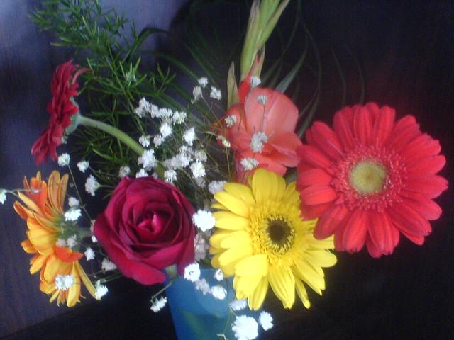 书桌上的花