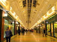 S.Africa. Cape Town, Waterfront Mall