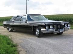 1971 Cadillac Fleetwood 75 (b)