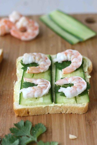 Shrimp cucumber curry cream cheese canapes recipe for Cream cheese canape