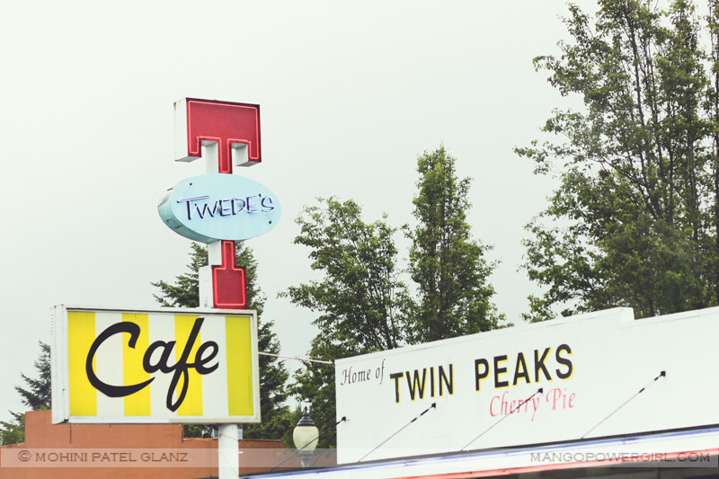 the famous twin peaks, twede's cafe