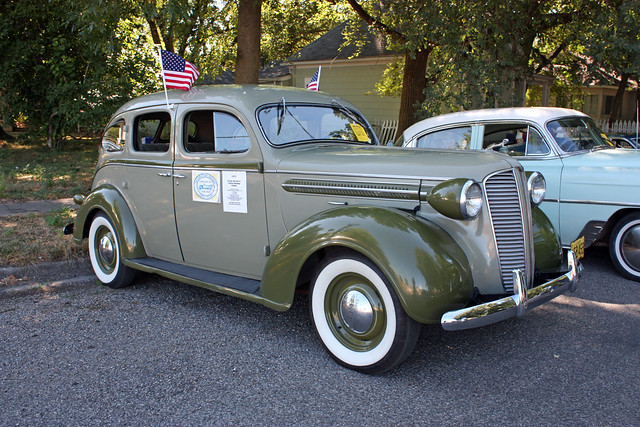1937 dodge brothers 4 door touring sedan 3 of 12