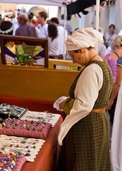 Fête Médiévale_Jewellery Seller