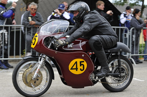 Matchless racer Copyright 2010 B. Egger :: eu-moto images 5099
