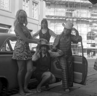 The Ladybirds besøker Bergen / The Ladybirds visits Bergen (1968)